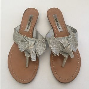 Steve madden silver bow sandals